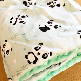 Couverture panda vert pastel