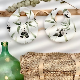 Vos jolis bavoirs panda 🐼🐼🐼 • • #bavoir #bebe #panda #accessoirebebe #listedenaissance #cadeaudenaissance #babygift #pourbebe #enceinte