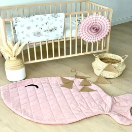 Bonjour, Je fais un petit sondage avec vos commentaires si un tapis d'éveil vous intéresserait ? Il est épais pour votre enfant, et il peut également faire déco dans la chambre. Qu'en pensez vous?? 🐟  🐠  🐟  #tapis #tapisbebe #tapisdeveil #poisson #accessoirebebe #cadeaudenaissance #enceinte #chambrebebe #babyroom #decochambre #pourbebe #babyshower #faitmain #