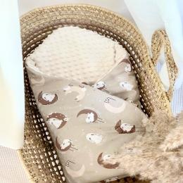 Bonjour 👋  Pour bien commencer le week-end je vous présente une nouvelle gigoteuse emmaillotage «bonne nuitles la lapins » confectionnée avec un motif que j'ai créé spécialement pour vous 😊🐰🐰🐰  Les petits lapins sont à craquer, n'est-ce pas ?? 🥰🤪 Les couvertures avec ce motif sont également en ligne. Bonne chasse aux œufs 🥚 • • • #pâques #lapin #bunny #couverturebebe #tendence #gigoteuse #pourbebe #pregnant #listedenaissance #cadeaudenaissance #chambredebebe #decorationchambrebebe #babygirl #babyboy #tissu
